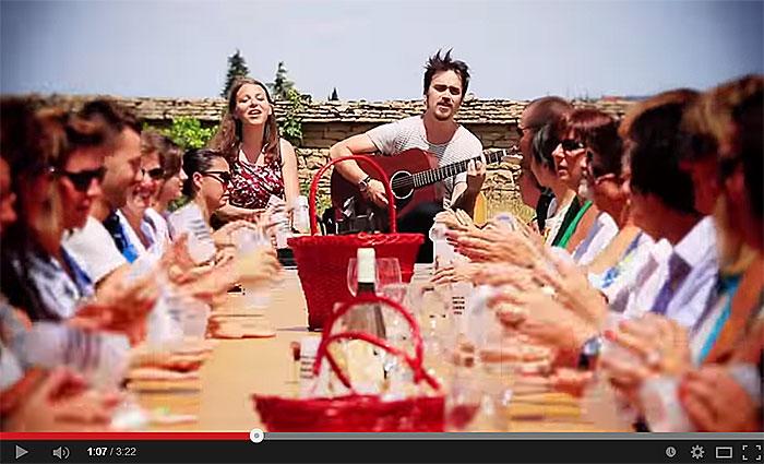 Cup song - Tous aux « Fantastic Picnic » en Bourgogne.