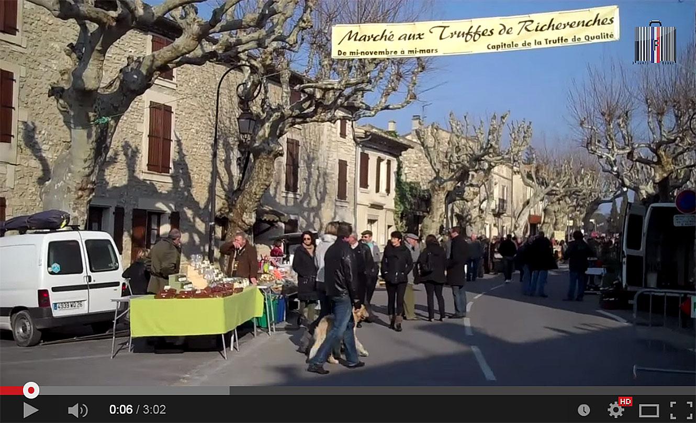 Sur le marché aux truffes de Richerenches (84) avec Bernard Mathé.